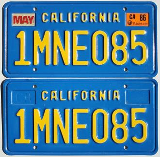 old-ca-plates-1mne085.JPG